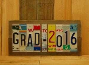 GRAD – 2016 License Plate Sign
